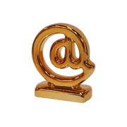 Enfeite em cerâmica Arroba bronze 06x08 cm