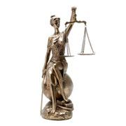 Enfeite de resina Dama da justiça 35 cm
