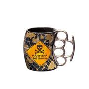 Caneca de cerâmica Soco inglês Mantenha distância 350 ml