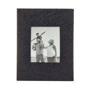 Álbum couro preto com visor para 100 fotos 12x17 cm