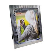 Porta retrato de metal decorado 20x25 cm