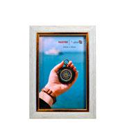 Porta retrato de plástico filete dourado 10x15 cm