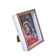 Porta retrato de plástico branco e cobre fundo 10x15 cm