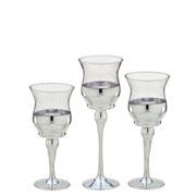 Jogo de candelabros de vidro prata 03 peças