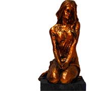 Escultura em resina mulher bronze 10x28 cm