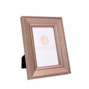Porta retrato em MDF borda champagne 10x15 cm
