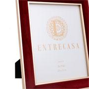 Porta retrato em MDF borda de veludo vinho 20x25 cm